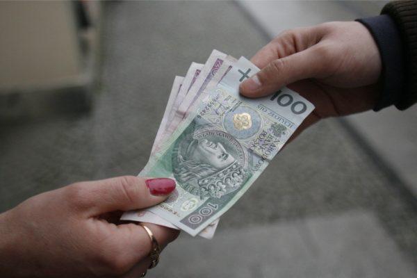 Adwokat Białystok - Jak odzyskać niezapłacone alimenty - odpowiada prawnik